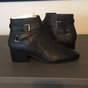 Talbots NWT black booties